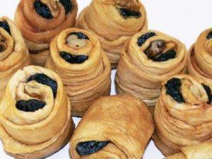 Хаштаг (дыня суш, грец орех, изюм)